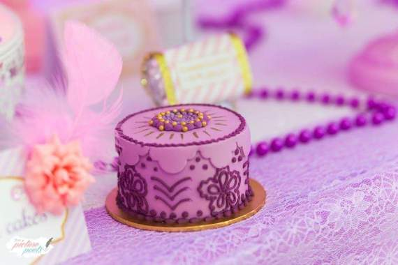 Barbie-Fashionista-Birthday-Bash-Purple-Mini-Cake