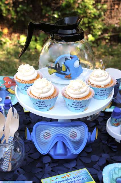 Just-Keep-Swimming-Dory-Birthday-Cupcakes