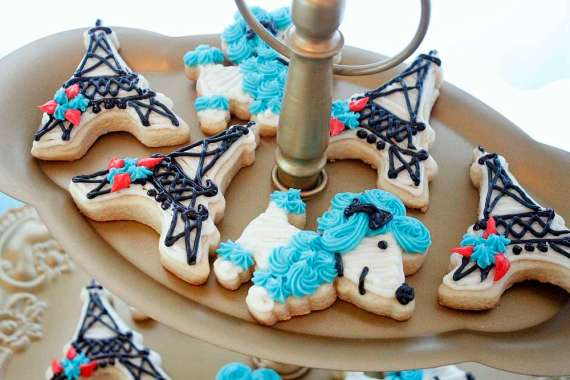 Posh-Parisian-Puppy-Party-Sugar-Cookies