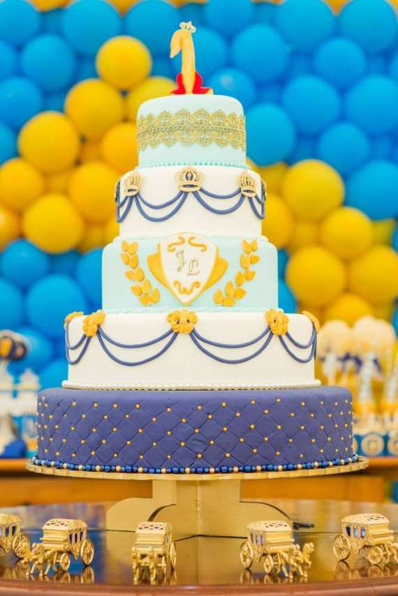 Blue-And-Yellow-Royal-Prince-Birthday-Cake
