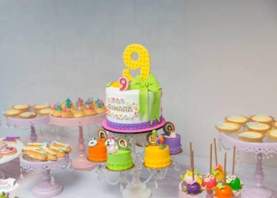 Modern-Lego-Friends-Birthday-Cake