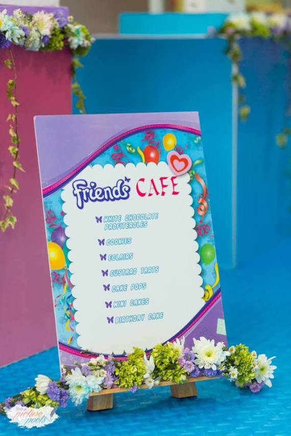 Modern-Lego-Friends-Birthday-Menu