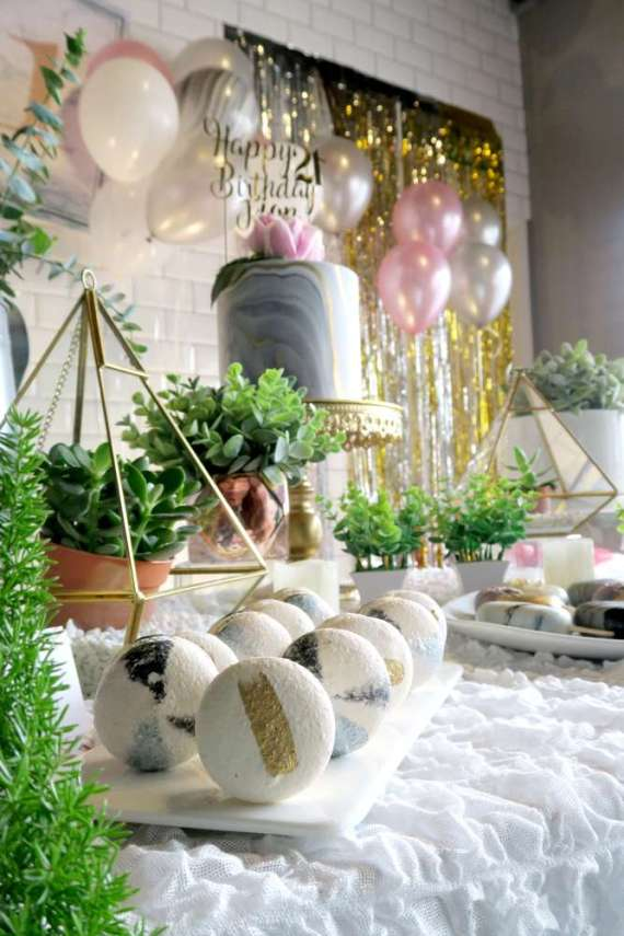 Whimsical-Marble-Birthday-Party-Plants