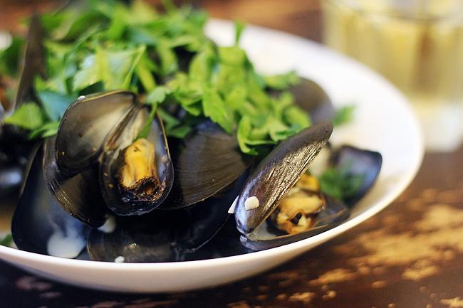 mussels dijonnaise 4