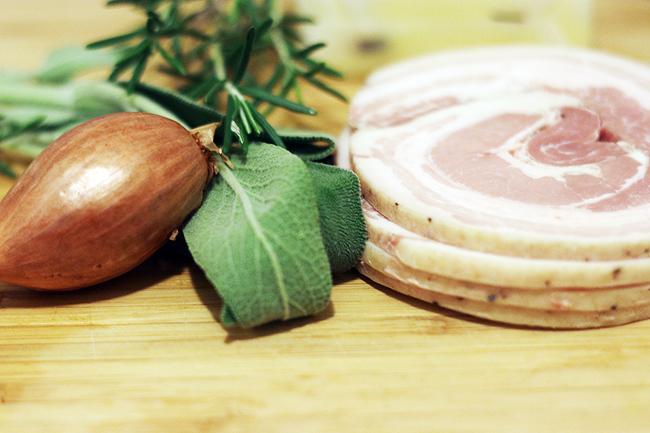 161118_pancetta-herb-turkey-1