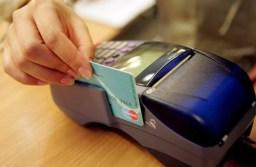 Brașovenii vor putea plăti cu cardul taxele și impozitele către stat abia de luna viitoare