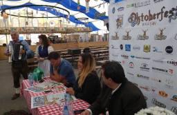 """Primul Oktoberfest """"no smoking"""". Ce prețuri vor avea berea și specialitățile culinare la ediția din acest an"""