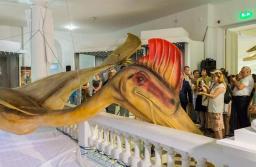 FOTO Cel mai mare dinozaur zburător din lume, care a trăit cu peste 70 de milioane de ani în urmă, va putea fi văzut la Râșnov