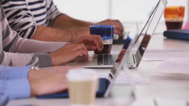 O firmă IT care oferă salarii lunare de până la 16.500 de dolari caută colaboratori la Brașov