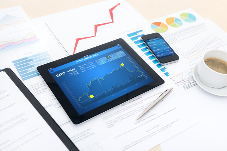 How Is Trading Online With XFR Financial Ltd?