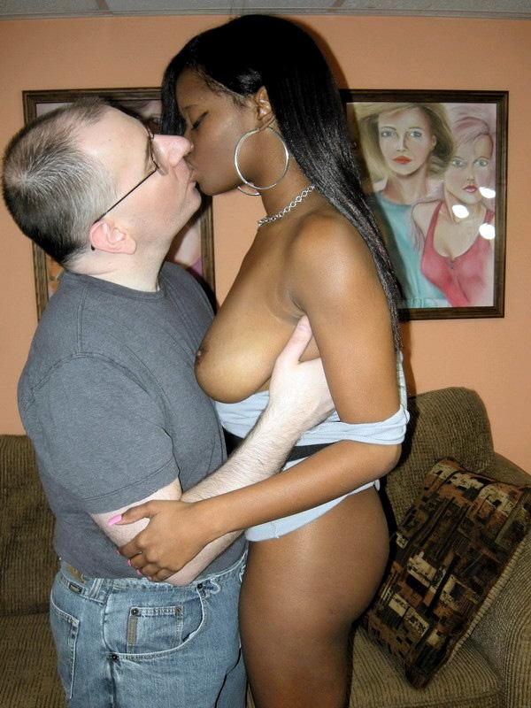 thick ebony nude selfie