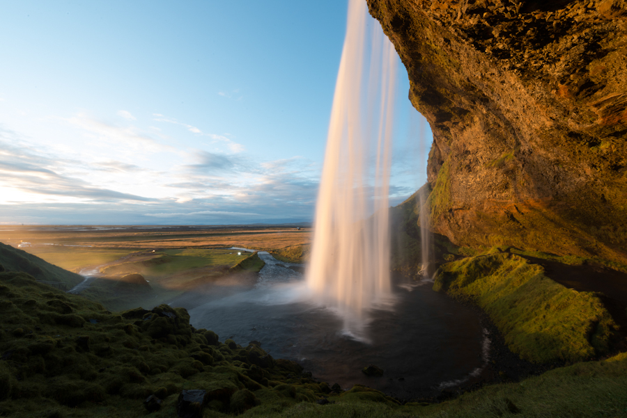 Majestic Fall Wallpaper Radiant Flow Seljalandsfoss Iceland