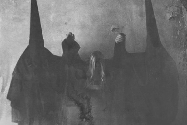 Gorgeous Girl Wallpaper The Occult Worlds Of Krist Mort Bleaq