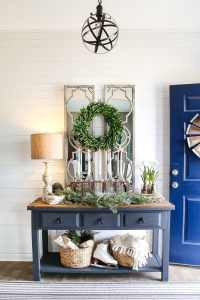 6 After-Christmas Winter Foyer Decorating Ideas