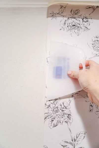 Beginner's Guide to Hanging Wallpaper - Bless'er House