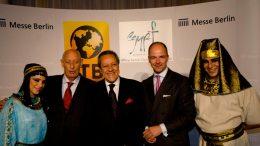 v.l.n.r. Klaus Laepple, Präsident des BTW, der ägyptische Tourismusminister Mounir Fakhry Abdel Nour und Dr. Christian Göke, Messe Berlin, foto: stefan bartylla