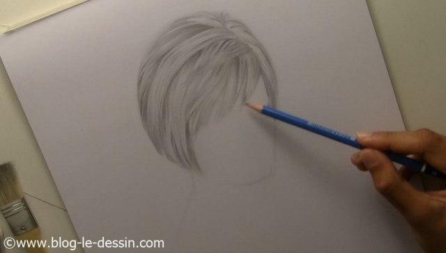 la première étape que je voulais atteindre dans la coiffure de mon portrait (sans le visage)