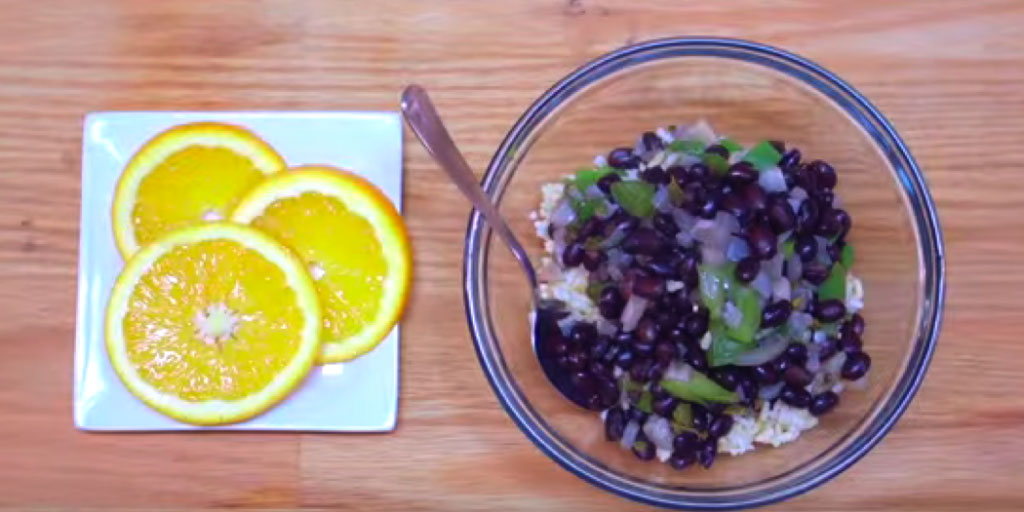Black Beans and Rice with Orange Slices Recipe