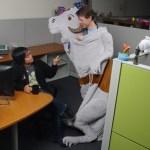No te verás ridículo ni nada en tu oficina…