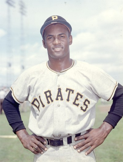 MLB legend Roberto Clemente would've turned 81 today - AOL News