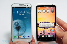 HTC One X is compared side by side with the Samsung Galaxy S3