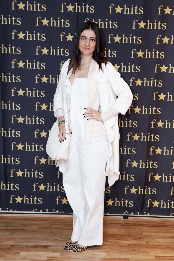Alice Ferraz f*hits look total white