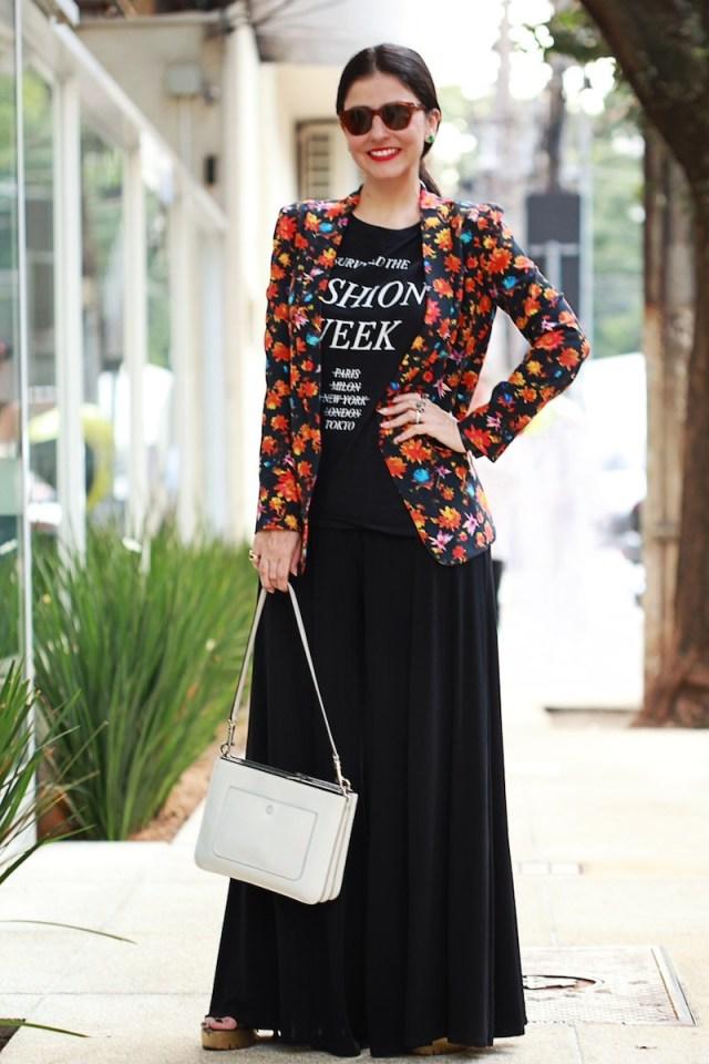 blog-da-alice-ferraz-look-tshirt-blazer-floral (5)