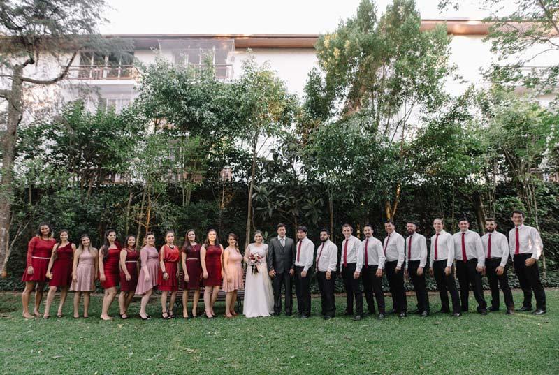 casamento religioso - madrinhas de casamento - vestidos marsala
