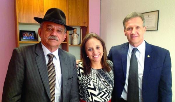 O deputado Aluisio Mendes  ao lado de Renata Abreu, presidente Nacional do PTN