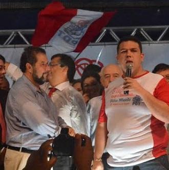 Carlos Lupi e Fábio Macedo na caravana do PDT