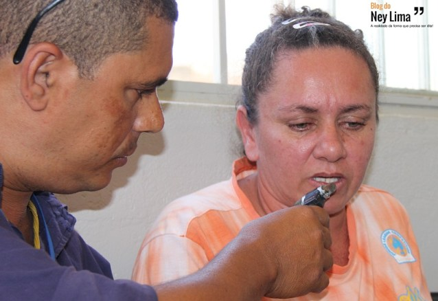 Dona de casa relatou drama com o surto ao radialista Agnaldo Silva