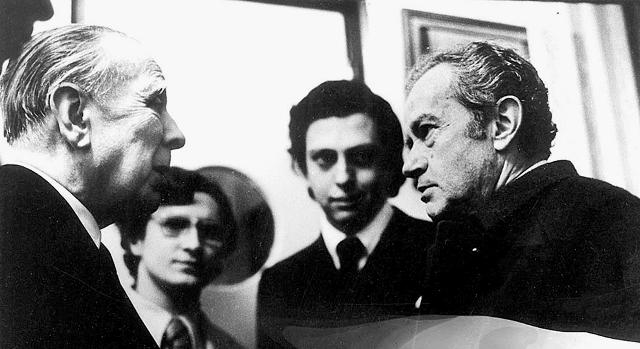 Jorge-Luis-Borges-y-Juan-Rulfo-1973.-Foto-de-Rogelio-Cuéllar.