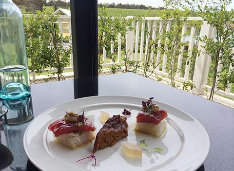 Aravina estate restaurant