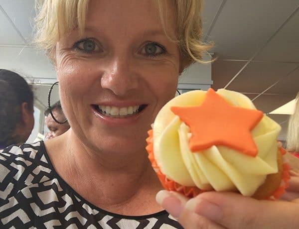 Jetstar cupcake