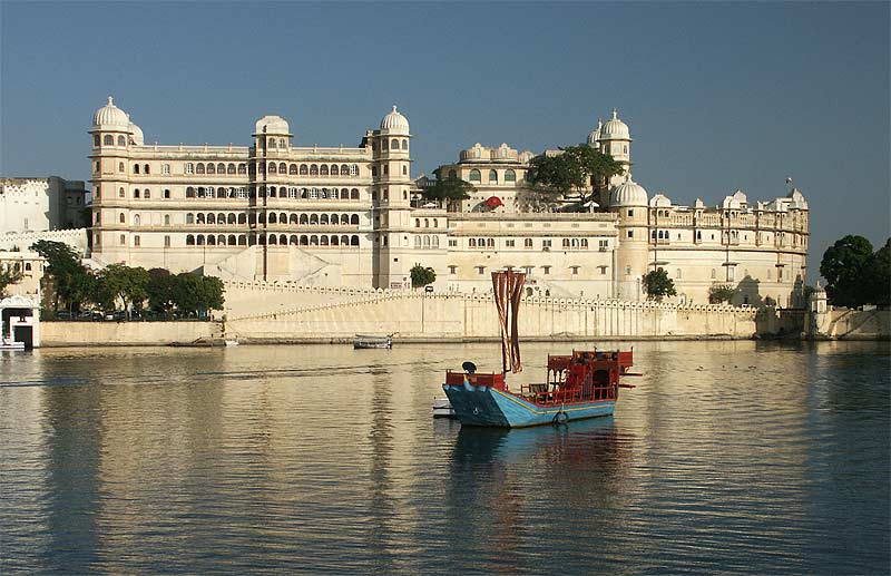 5 Best Tourist Places To Visit In India