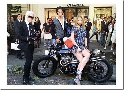 Moto Triton Chanel