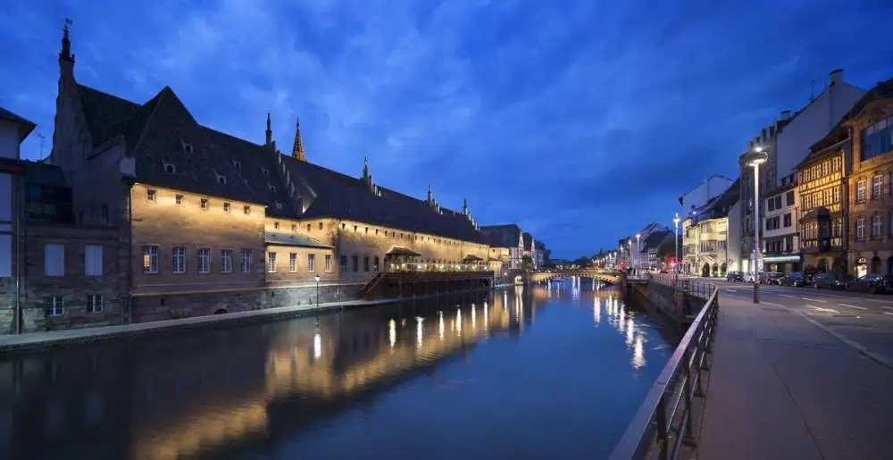 Ancienne douane, Strasbourg by night