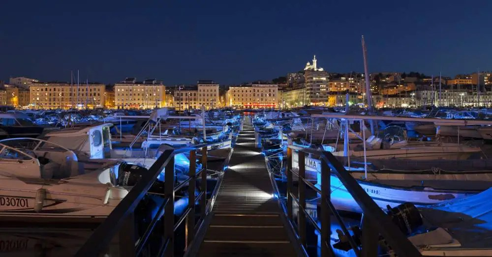 Le vieux Port, Marseille by night