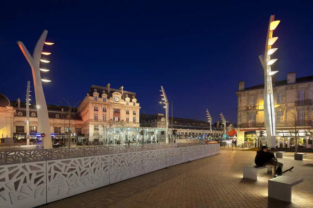 Gare Saint Jean, Bordeaux by night