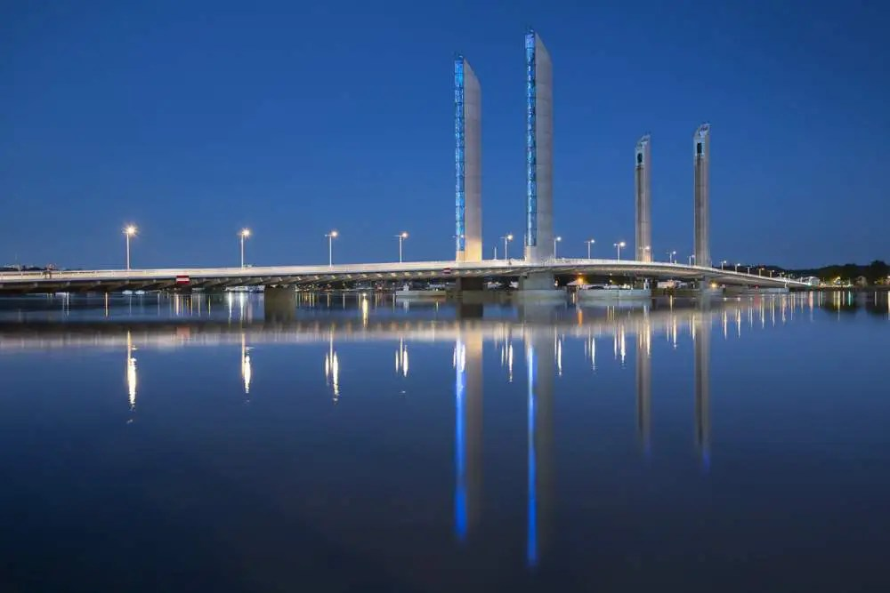 Pont Chaban Delmas, Bordeaux by night
