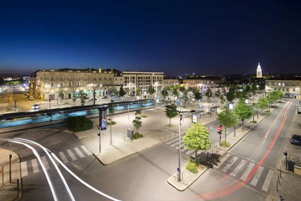 Place de Stalingrad, Bordeaux by night