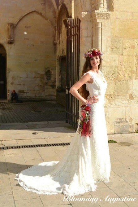 Robe Marie Liesse Créations, couronne et bouquet-sac Blooming Augustine