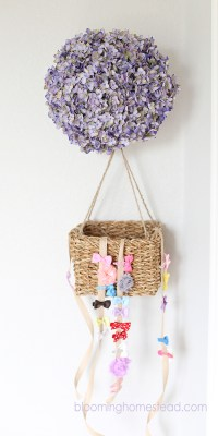 DIY Hair Bow Holder - Blooming Homestead