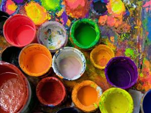 art_studio_paints