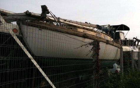 abandonedyacht