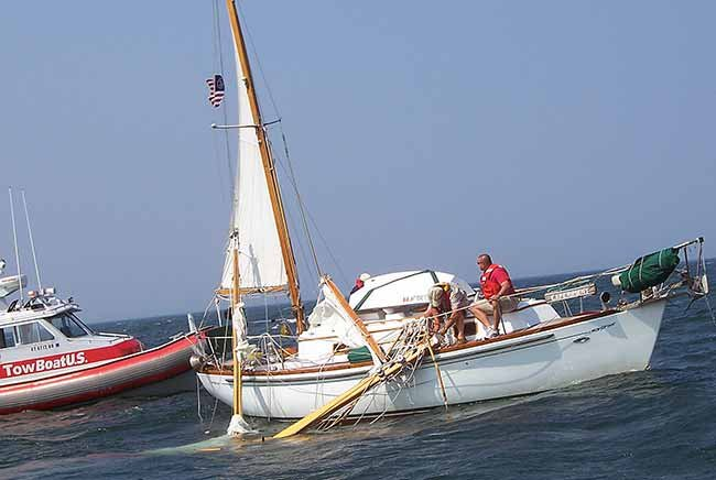 Inspecting Your Boat\u0027s Mast and Rigging - Seaworthy - BoatUS