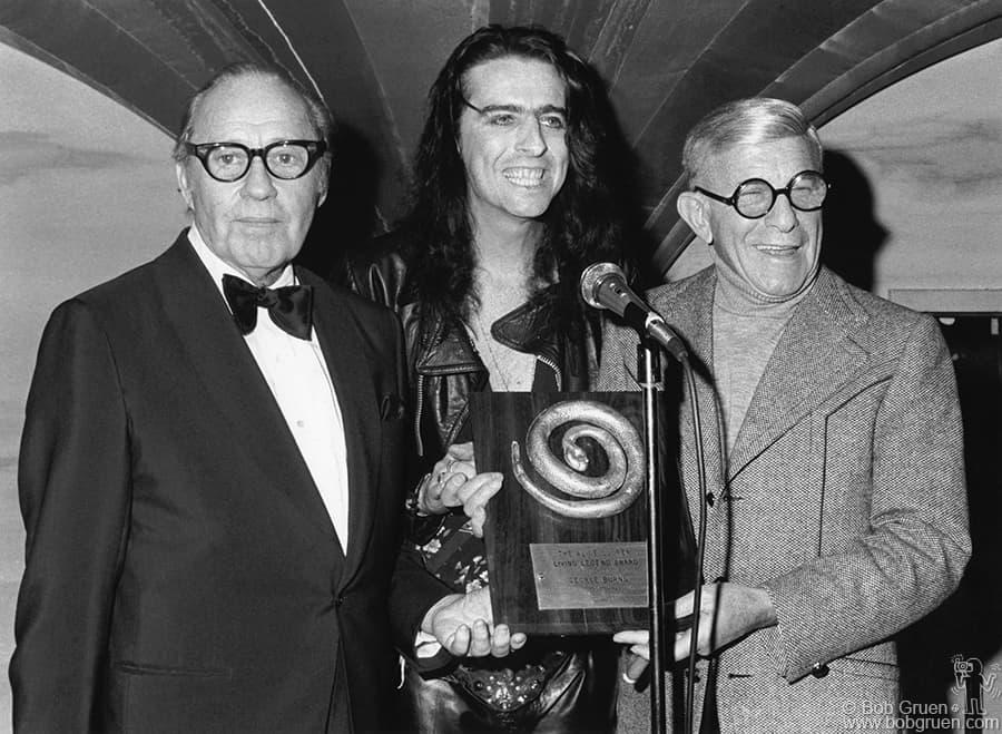 Girl With Glasses Wallpaper Bob Gruen Alice Cooper