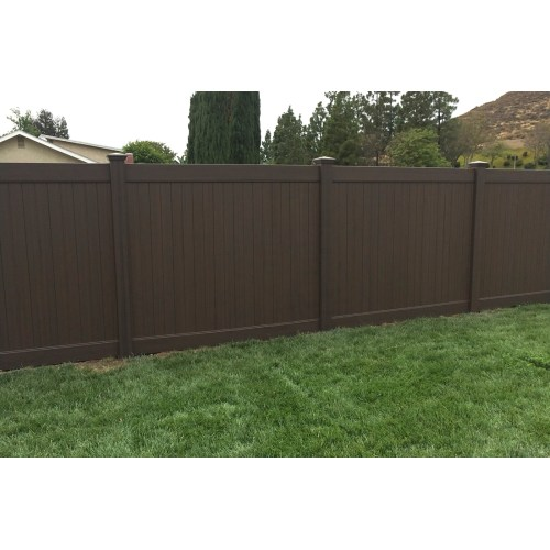Medium Crop Of Build Backyard Fence