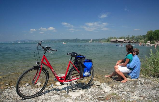 Bodensee-Radweg bei Unteruhldingen