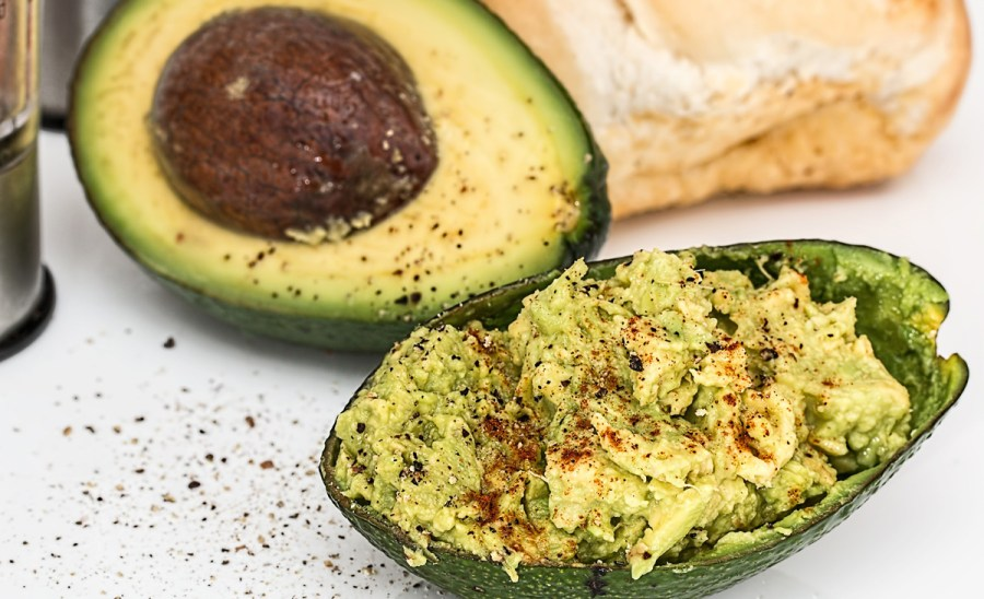 Avocados have healthy fats
